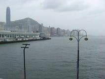 Vista do terminal do navio de cruzeiros, Tsim Sha Tsui, Kowloon, Hong Kong imagens de stock