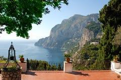 Vista do terraço da casa de campo luxuosa Fotografia de Stock Royalty Free