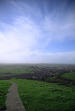 Vista do Tor de Glastonbury fotografia de stock royalty free