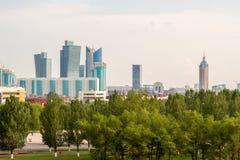 Vista dos arranha-céus em Astana, Republic of Kazakhstan imagens de stock royalty free