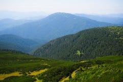 Vista dos Carpathians ucranianos Imagens de Stock Royalty Free