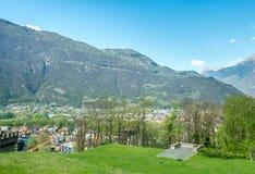 Vista e montagne di paesaggio urbano di Bellinzona Immagine Stock Libera da Diritti