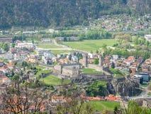 Vista e montagne di paesaggio urbano di Bellinzona Fotografie Stock
