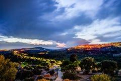 Vista em Agrigento na noite Fotografia de Stock Royalty Free