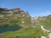 Vista em Bachalpsee e em Faulhorn Switzerland Foto de Stock Royalty Free