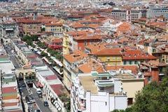 Vista em cima de agradável e do mercado de Cours Saleya, França Imagens de Stock Royalty Free