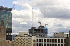 Vista em construções de um centro da cidade em Brisbane, Austrália, 25 augus Fotos de Stock Royalty Free