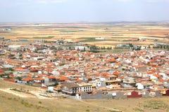 Vista em Consuegra no La Mancha do Castile, Espanha foto de stock royalty free