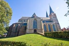 Vista em Deventer medieval imagens de stock