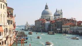Vista em Grand Canal em Veneza no tempo da noite video estoque