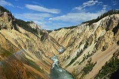 Vista em Grand Canyon do Yellowstone da cachoeira mais baixa, parque nacional de Yellowstone, Wyoming, EUA imagem de stock
