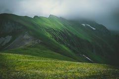 Vista em montanhas fotografia de stock