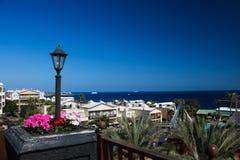 Vista em Playa Blanca Lanzerotte fotografia de stock