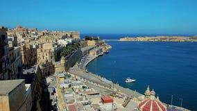 A vista em quartos históricos de Valletta, Malta video estoque