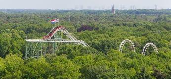 Vista em um roller coaster imagens de stock