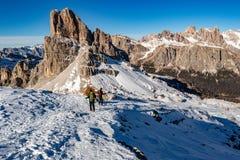 Vista enorme del paesaggio di panorama delle dolomia in primavera poco tempo della neve Fotografia Stock Libera da Diritti