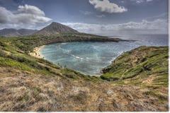 Vista escénica asombrosa hermosa de la bahía Oahu Hawaii de Haunama foto de archivo libre de regalías