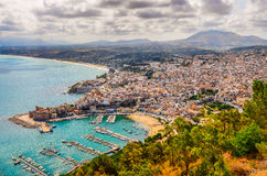 Vista escénica de la ciudad y del puerto de Trapan en Sicilia Imágenes de archivo libres de regalías
