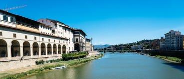 Vista escénica de la orilla de Florencia Foto de archivo libre de regalías