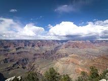 Vista escénica de la salida del sol en el parque nacional de Grand Canyon, Arizona, los E.E.U.U. Fotografía de archivo libre de regalías