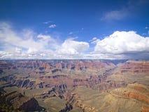 Vista escénica de la salida del sol en el parque nacional de Grand Canyon, Arizona, los E.E.U.U. Imagen de archivo libre de regalías