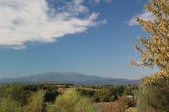 Vista escénica de un paisaje en el sur de Francia fotos de archivo libres de regalías
