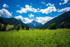 Vista escénica del paisaje hermoso en las montañas Imagen de archivo