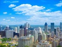 Vista escénica del ` s de Montreal céntrico desde arriba de Soporte-real Imagen de archivo