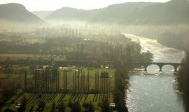 Vista escénica del valle de Dordoña imagen de archivo libre de regalías