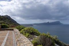 Vista escénica a la bahía falsa de Cabo de Buena Esperanza Fotografía de archivo