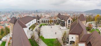 Vista esteriore aerea del castello di Transferrina fotografie stock