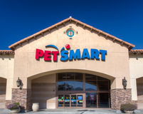 Vista esteriore del deposito di PetSmart Fotografia Stock