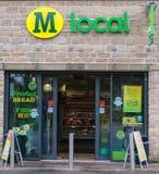 Vista esteriore del negozio locale della convenienza di Morrisons Immagine Stock