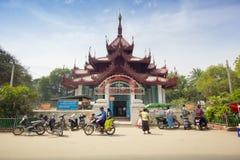 Vista esteriore del padiglione di Mingun Bell fotografia stock libera da diritti