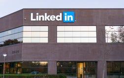 Vista esteriore delle sedi corporative di LinkedIn's Fotografia Stock Libera da Diritti