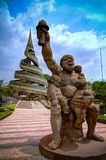 Vista exterior al monumento de la reunificación, Yaounde, el Camerún Foto de archivo