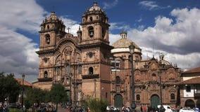 Vista exterior da igreja da sociedade de Jesus na cidade de Cusco filme