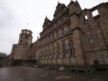 Vista exterior de la opinión del castillo de Heidelberg del jardín imagenes de archivo