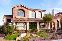 Vista exterior de uma casa Imagens de Stock