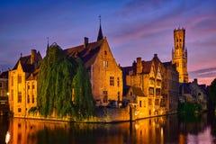 Vista famosa de Brujas, Bélgica fotos de archivo