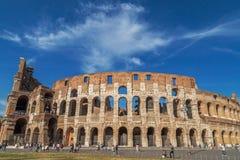 Vista fora do Colosseum, Roma Imagens de Stock
