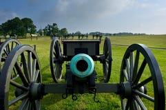 Vista frontal de um canhão imagem de stock royalty free