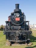 Vista frontale del vecchio treno a vapore immagine stock libera da diritti