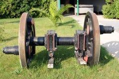 Vista frontale dell'asse di rotella locomotivo fotografia stock