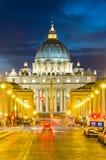Vista frontale della basilica del Peter del san Immagine Stock