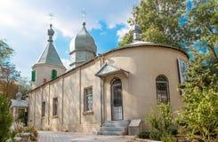 Vista frontale della chiesa ortodossa in Moldavia Fotografia Stock