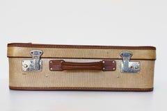 Vista frontale della vecchia valigia Fotografia Stock
