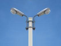 Vista frontale di simmetria dell'iluminazione pubblica Fotografia Stock Libera da Diritti