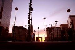 Vista futurista del arco de la defensa Fotos de archivo libres de regalías