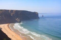 Vista genérica de la playa de Portugal Algarve Imagenes de archivo